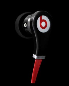 monster-pounds-out-dr-dre-earbuds-1